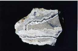 Quartz (var. chalcedony), Whiteheaps Mine