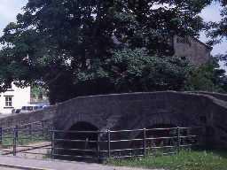Ovingham footbridge. Photo by Harry Rowland.