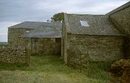Gingang and barns at High Staward, Haydon.
