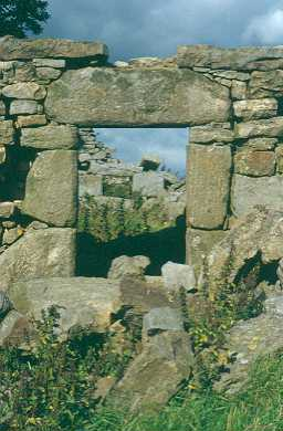 Lingyclose bastle doorway, Coanwood. Photo by Peter Ryder.