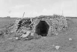 Swinhope Row lime kiln 'B'. Photo by Lancaster University Archaeological Unit.