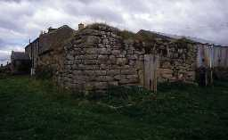 Ruins of Mortley bastle, Wark. Photo by Peter Ryder.