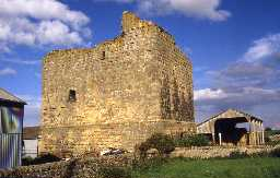 Cocklaw Tower, Wall. Photo by Peter Ryder.