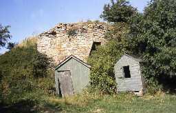 Newtonkiln House lime kiln.