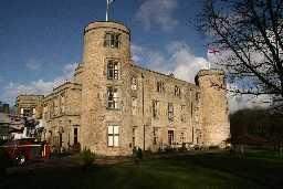 Walworth, Castle © Ryder, P 2006