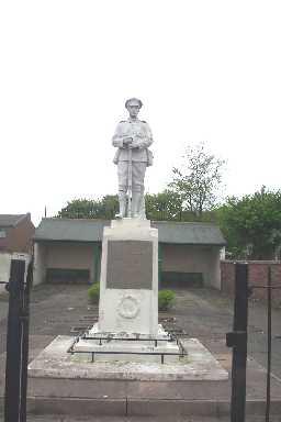War Memorial © DCC 2004