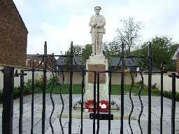 Shotton War Memorial  2007 After restoration© DCC 2006