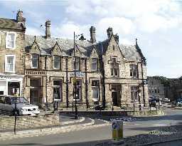No 1 Market Place (Barclays Bank) Barnard Castle © DCC 2003