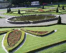Basin south of Bowes Museum, Barnard Castle  © DCC 2002