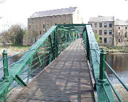 Footbridge view to Thorngate   © DCC 2003
