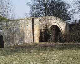 Greta Bridge, at Greta Bridge © DCC 2003