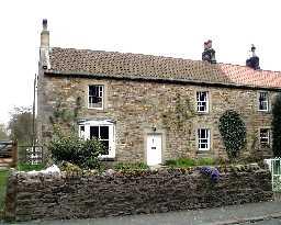 3 Grange Cottages, Whorlton © DCC 2002