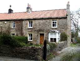1 Grange Cottages, Whorlton © DCC 2002