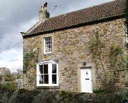3 Grange Cottages, Whorlton © DCC 2004