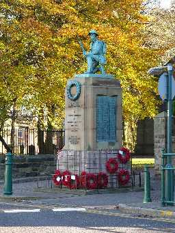 War Memorial, Main Street, Shildon 2005