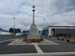 Front of War Memorial Cross, Consett 2016