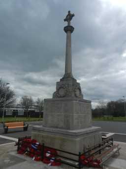 Back right of War Memorial Cross, Consett 2016
