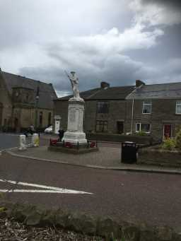 Side view photograph of War Memorial Statue, Wolsingham Road 2016