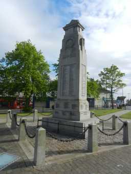 War Memorial Cenotaph, oblique view, Town Centre, Crook © DCC 2016