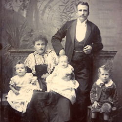 Paymaster Sergeant and his family, 2nd Battalion DLI, c.1900 (D/DLI 7/427/2(48))