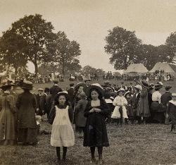 Sunday afternoon in Deerbolt Camp, Barnard Castle, 1910 (D/DLI 2/3/46)