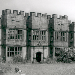 Gibside Hall exterior, mid 20th C. (D/CL 5/429)
